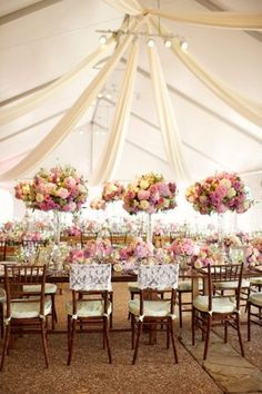 These luxury tent weddings are absolutely mind blowing! The striking decor and aesthetic lighting will set your perfect wedding day just right. Tent Wedding, Mod Wedding, Wedding Table, Wedding Reception, Dream Wedding, Wedding Day, Tent Reception, Wedding Summer, Summer Weddings