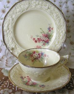 Grandma's China Lunch Plate Setting