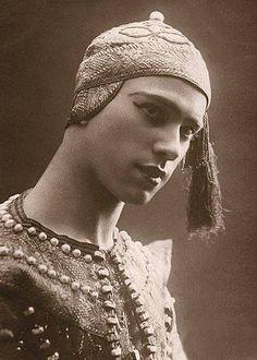 Vaslav Nijinsky in Les Orientales, 1910.