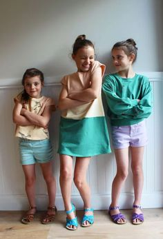 Sewpony - Robe, top et sweat Sorella (in English) Kids Patterns, Sewing Patterns Free, Free Pattern, Sewing Kids Clothes, Sewing For Kids, How To Make Clothes, Making Clothes, Color Blocking, Colour Block