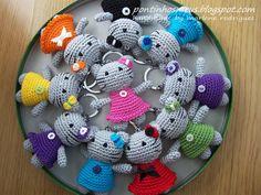 Cute kitty keyrings!