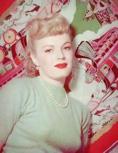 Vintage Glamour Girls: June Haver