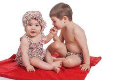 precioso momento de nuestros pequeños! Irulea Moda infantil y lencería femenina. #irulea #donostia #sansebastian #princesscharlotte #newroyalbaby #bayfashion #modainfantil #Modaniña #lenceria #ropaniños #princesacarlota #ropaverano #bañadores #trajesdebaño #swimsuit #maillotdebain