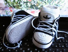 These might be the cutest things we've seen...like, ever! Crochet baby Adidas sneakers by Schyrk! #crochet #sneakers #kicks #baby