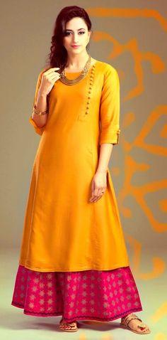 Exclusive Pakistani Kurta Designs 2016 For Women Salwar Designs, Kurta Designs Women, Blouse Designs, Plain Kurti Designs, Silk Kurti Designs, Pakistani Dresses, Indian Dresses, Indian Outfits, Pakistani Kurta