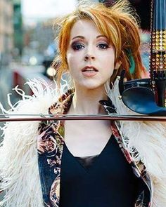 Honestly, I like that make-up but it seems a little too much because it looks like she has a black eye #lindseystirling #love #ksll