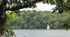 Shawnee Mission Park Lake - Canoe Rentals
