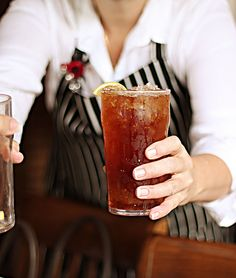 Sweet tea with lemon at every restaurant - house wine of the south