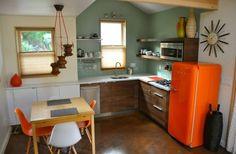 Woman Has Garage Converted into 550 Sq. Ft. ADU Cottage Photo