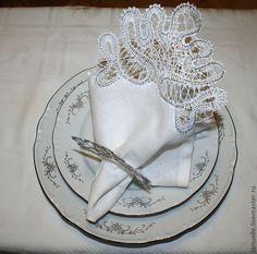 Купить Салфетки с кружевом Снежинка Сервировка стола - белый, салфетка, кружево, новогодние подарки
