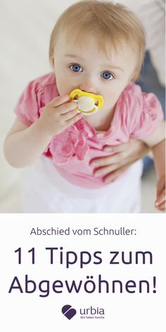 Schnuller, Nuckel, Didi oder Nucki, Babys und Kleinkinder lieben ihren treuen Begleiter, denn er spendet Trost. Aber ab einem gewissem Alter ist die Zahngesundheit durch das Dauerschnullern gefährdet. Wann der richtige Zeitpunkt zum Abgewöhnen ist plus 11 Tipps, wie der Abschied leichter fällt, liest du hier.