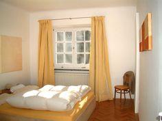 Vorhangstangen aus Edelstahl für einen einzigartigen Schlaf. Curtains, Bed, Design, Furniture, Home Decor, Sleep, Room Interior Design, Sheer Curtains, Stainless Steel