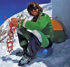 The Complete History Of The Rolex Explorer II . Reinhold Messner Conquering Mount Everest and Machu Picchu, Mount Everest Climbers, Nepal, Bergen, Nanga Parbat, Monte Everest, Alpine Style, Rolex Explorer, Mountains