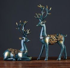 Material Number: BMC Type: Statue decoration Material: Eco-friendly Resin Theme: Deer pieces) Regional Feature: Europe Dimensions: and Delivery time: weeks European Style Homes, European Home Decor, Home Living Room, Living Room Decor, Bedroom Decor, Deer Statues, Deer Design, Boho Home, Elegant Home Decor