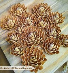 Pista Shell flowers - No tutorial for this one but looks doable!