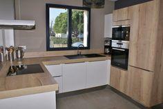 Home Decor Kitchen, Kitchen Furniture, Kitchen Interior, Kitchen Layout Plans, Kitchen Modular, Minimalist Kitchen, Küchen Design, Sweet Home, House Styles