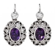 Long Art Déco style earrings 14K white gold, oval cut amethyst, 1.70 cts and brilliant cut diamonds — Schmuck