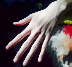 These look like my hands Hand Drawing Reference, Body Reference, Drawing Tips, Pretty Hands, Beautiful Hands, Hand Veins, Hand Pictures, Daddy Aesthetic, E Dawn