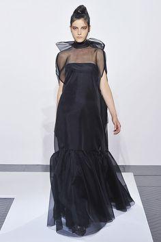 Valentino Fall 2010 Couture Collection Photos - Vogue