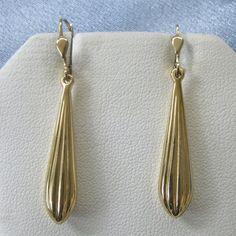 Stylish 14k Corrugated TEAR Drop Lever Back Earrings