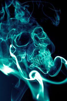 Smoke Skull by juuuso