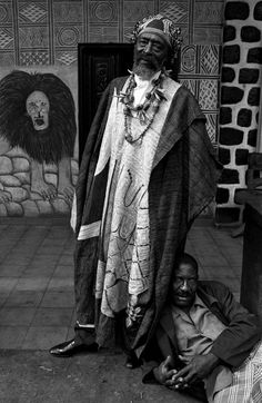 Africa   Tchatchouang Wantong Paul, Chiefdom Bangoua, Bamileke region, Cameroon. 1998   ©Marie-Pierre Dieterle