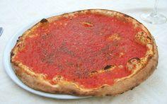 """Una delle pizze più antiche e tradizionali si sposa a perfezione con la """"birra di frumento"""" tedesca."""