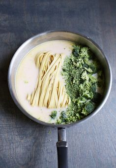 Cooking just got simpler! Try this one pot creamy broccoli pasta | via A Beautiful Mess