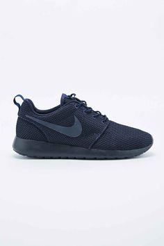 Nike Roshe Run in Midnight Navy