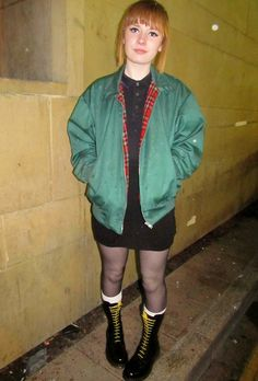 Skinhead Traditional Spirit: Skinhead Girl ( Fotos a color) Parte 2                                                                                                                                                                                 Más