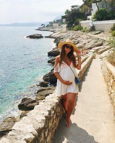 Mimi Ikonn Preggo Style Mimi Pregnant White Dress Beach Style
