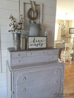Farmhouse Style Tall Boy Dresser---love the sifter for a flower jar Shabby Chic Vintage, Shabby Chic Homes, Farmhouse Chic, Farmhouse Design, Country Decor, Rustic Decor, Country Living, Country Style, Boy Dresser