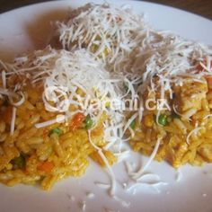 Spaghetti, Dishes, Chicken, Meat, Ethnic Recipes, Tablewares, Flatware, Tableware, Cutlery