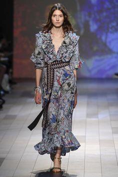 Vivienne Tam Spring/Summer 2018 Ready To Wear | British Vogue