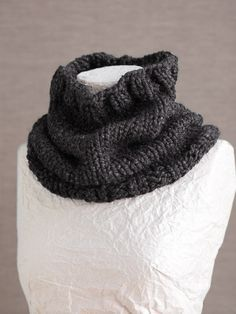 Basic Cowl--chuncky yarn, big needles, super fast.  There is still time to make several of these for the women on your list!  Free pattern.