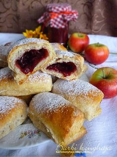 Barbi konyhája: Lekváros bukta egy csodálatos túrós kelt tésztából...