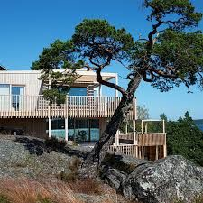 Bildresultat för villa moelven älgö Stockholm Archipelago, Pergola, Villa, Outdoor Structures, Mansions, Architecture, House Styles, Home, Decor