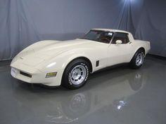 1980 L82 beige Corvette - mine was similar only it had mirrored glass t-tops