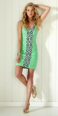 Lilly Pulitzer Trudy Shift Dress in Go Go Green
