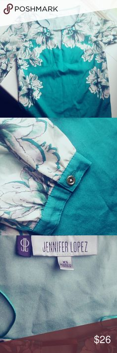 JLo green floral blouse Super elegant! ❤ really good condition! Would fit a small Jennifer Lopez Tops Blouses