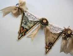 Crafty Secrets Christmas Banner 05 Kathy by Design website tells you how to make this and rosettes without fancy machines