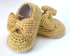 CROCHET PATTERN Digital file Baby Kimono Shoes Baby Booties