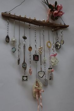Online class Soldering 101 Bohemian Illumination-soldering for newbies Online workshop - Projects to Try - Outfit Carillons Diy, Diy Wind Chimes, Glass Vials, Wire Baskets, Game Pieces, New Hobbies, Suncatchers, Cut Glass, Altered Art