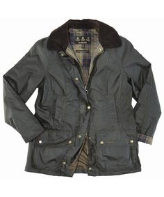 Barbour wax-jacket: I loooove it! It's an essential basic in every wardrobe! And  older it is, the better it is! A Barbour jacket wants to be used by the owner! :-)