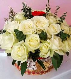Good Morning Images, White Roses, Floral Wreath, Bouquet, Wreaths, Amazing, Plants, Beautiful Roses, Decor