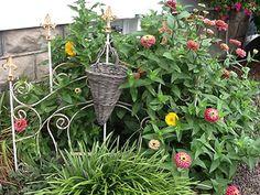 Garden path ideas! #smithscountrygardens #gardening #flowers #annuals #perennials Path Ideas, Garden Paths, Perennials, Photo Galleries, Gardens, Country, Flowers, Plants, Rural Area