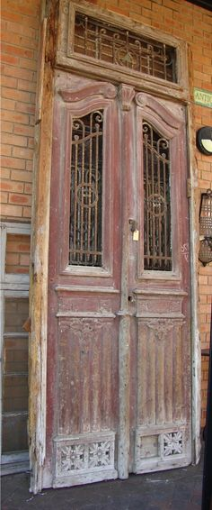 Nothing beats an original french door !