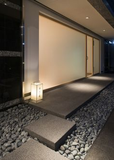 Sushi Mutsuka is minimal sushi restaurant located in Fukouka, Japan, designed by CASE-REAL. Japanese Restaurant Design, Japanese Interior Design, Japanese Design, Japanese Modern, Japanese House, Spa Interior, Interior Decorating, Spa Design, House Design