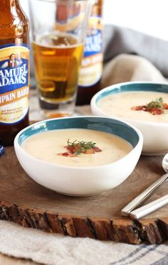 Love this Smoked Cheddar and Pumpkin Beer Soup.it's an easy soup recipe to make and the ultimate comfort food for fall. Beer Recipes, Pumpkin Recipes, Fall Recipes, Soup Recipes, Cooking Recipes, Kitchen Recipes, Crockpot Recipes, Beer Soup, Pumpkin Beer