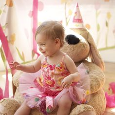 Is your baby having his or her first #birthday? Must be time for a #BirthdayParty! Make it a memorable one with these wonderful ideas | #PartyPlanning